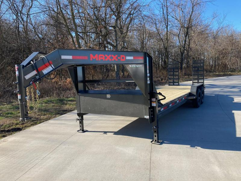 2021 MAXXD 83x24 Tandem 14K GN Carhauler/ Equipment Trailer
