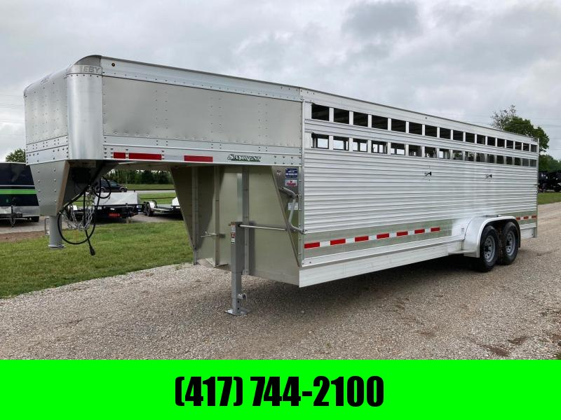 "2022 EBY 6'11""x24 MAVERICK FREEDOM TANDEM 7K GN STOCK TRAILER W/ SLIDING DIVDER AND REAR SLIDING GATE"