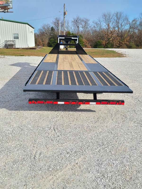 "2021 Load Trail 102"" x 30' Tandem Low-Pro Gooseneck w/ 9ft Hyd. Dove"