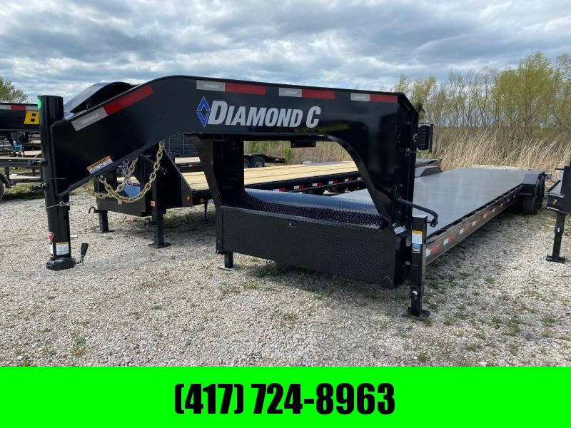 2021 Diamond C Trailers 82x36 Tandem GN CH Equipment Trailer
