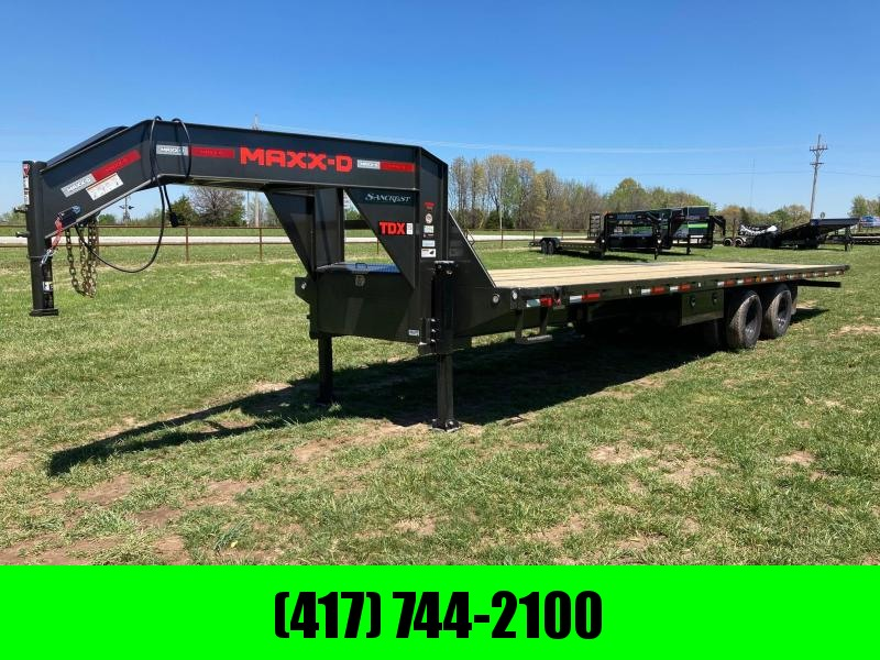 2021 MAXXD 102X32 TANDEM 24K GOOSENECK FULL TILT W/ KNIFE EDGE REAR, HYDRO JACK, & WIRELESS REMOTE