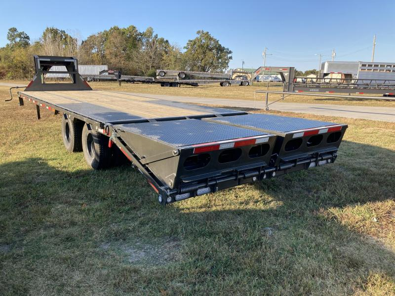 2021 MAXXD 102x30 Tandem Low-Pro Equipment Trailer W/Max Ramps