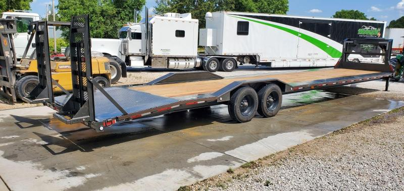 2020 MAXXD 102X40 H9X GOOSENECK EQUIPMENT HAULER W/10K TORSION 5FT DOVETAIL 18 PLY TIRES & EQUIPMENT STAND UP RAMPS