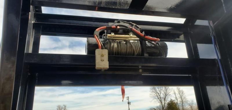 2019 Load Trail 102X40 TANDEM LO-PRO GN W/12K DISC(HDSS) 12K WINCH ADJ. RAT TRACK& MAX RAMPS