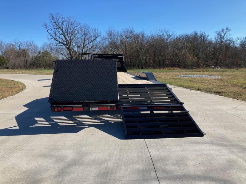 2021 Load Trail 102x30 Tandem 14K GN Carhauler/ Equipment Trailer