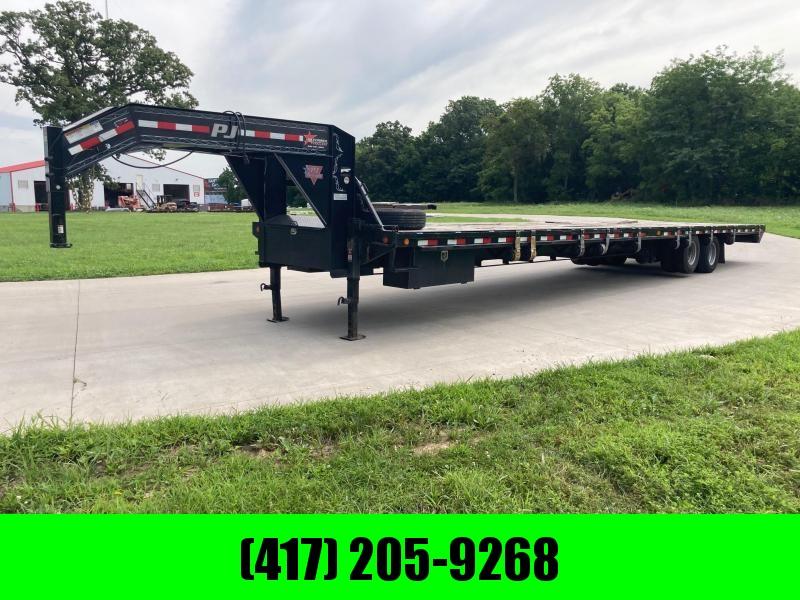 2018 PJ Trailers 102x40 Tandem Straight Deck Flatbed Trailer W/ Air Ride & Lift Axle