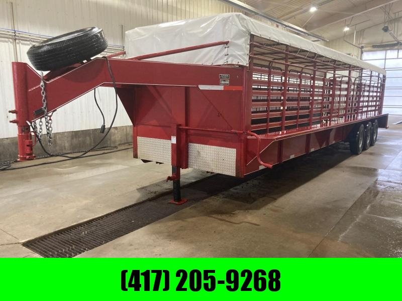 2020 Easy Rider 6'8x32 Triple Axle Livestock Trailer