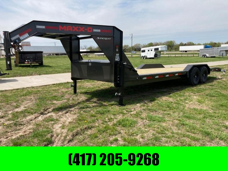 2021 MAXXD 102x24 Tandem GN Equipment Trailer