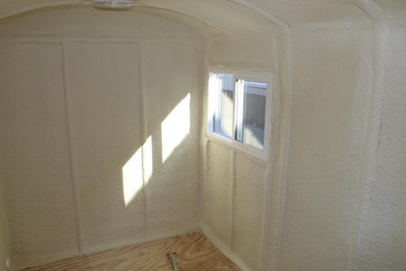 2021 Aluma Lite 6x10 V Front Fish House