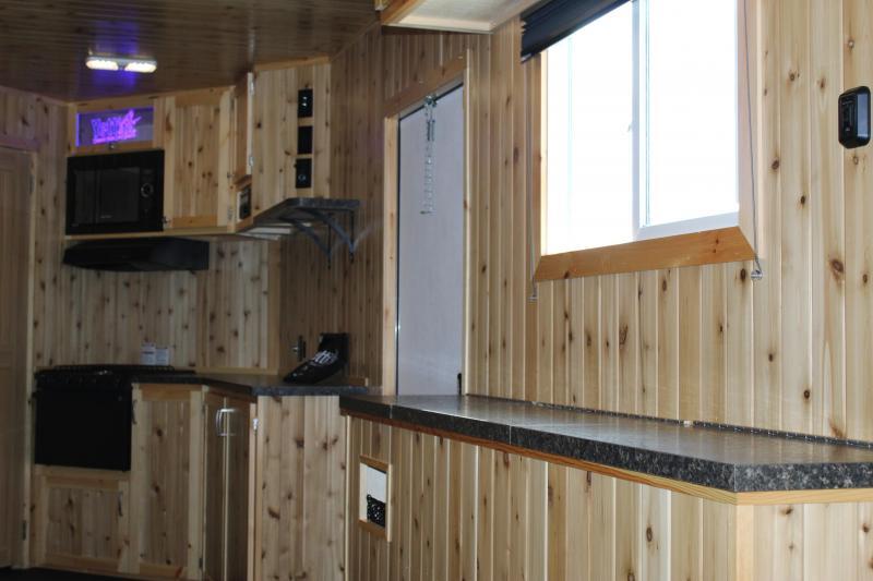 2018 Yetti Angler 821-PK Fish House