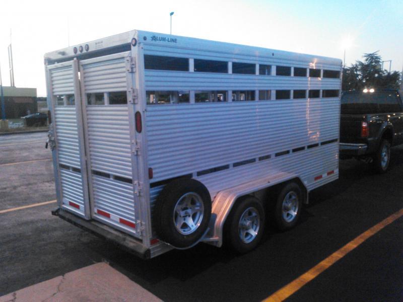2014 Alum-Line Trailers Showmaster Livestock Trailer