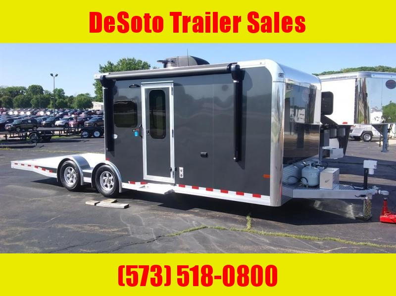 2020 Sundowner 25' Toy Hauler