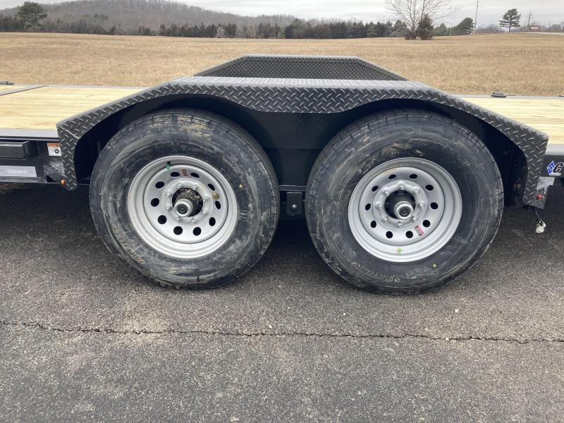 2021 Diamond C Trailers HDT207-22X82 Equipment Trailer
