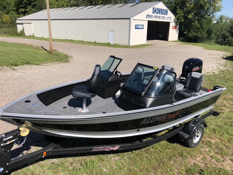 2022 Alumacraft Competitor FSX 175 Fishing Boat