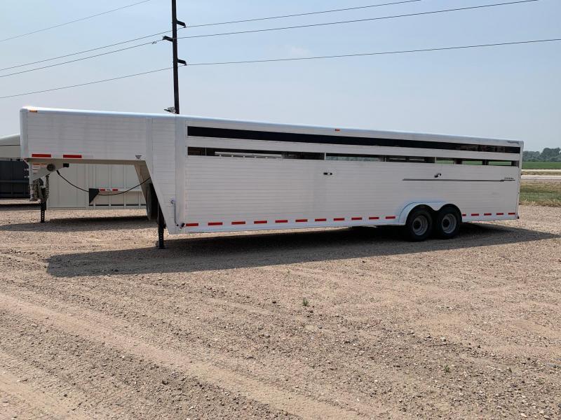 2011 Hillsboro Industries 30' Aluminum Livestock Trailer