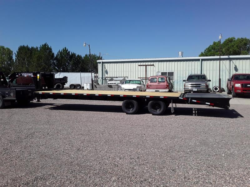 2020 Titan Trailers 30' RUFFNECK GN FLATBED Flatbed Trailer