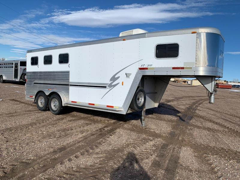 2001 Exiss Trailers XT300 3 Horse Aluminum Horse Trailer