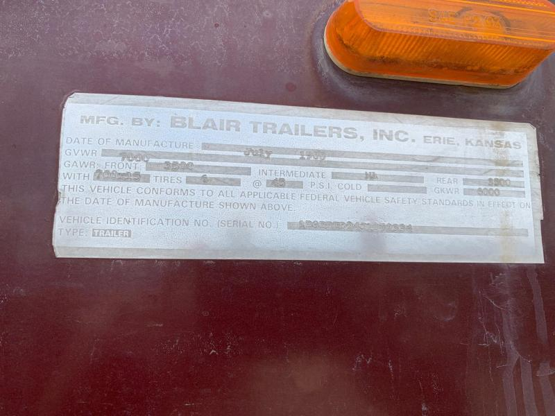 1988 Blair 12' 3H GN Horse Trailer