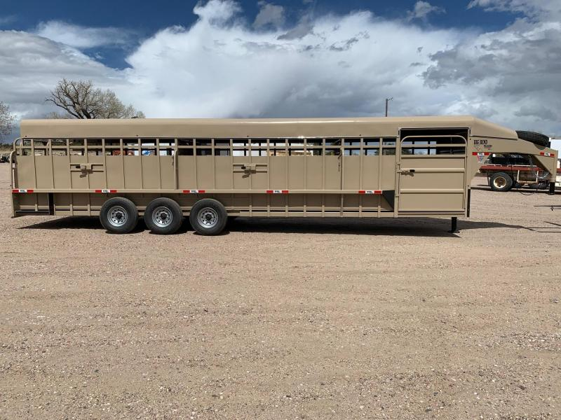 2021 Big Bend 32' x 7' Full Top Livestock Trailer