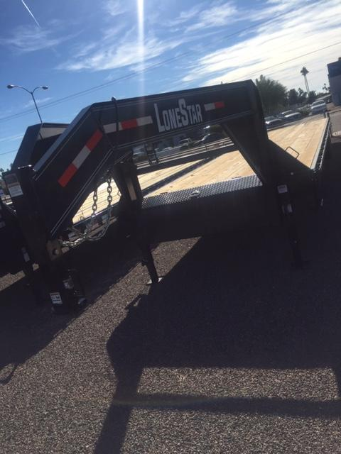 Lonestar 102X40 Gooseneck Deck Over Hot Shot Trailer