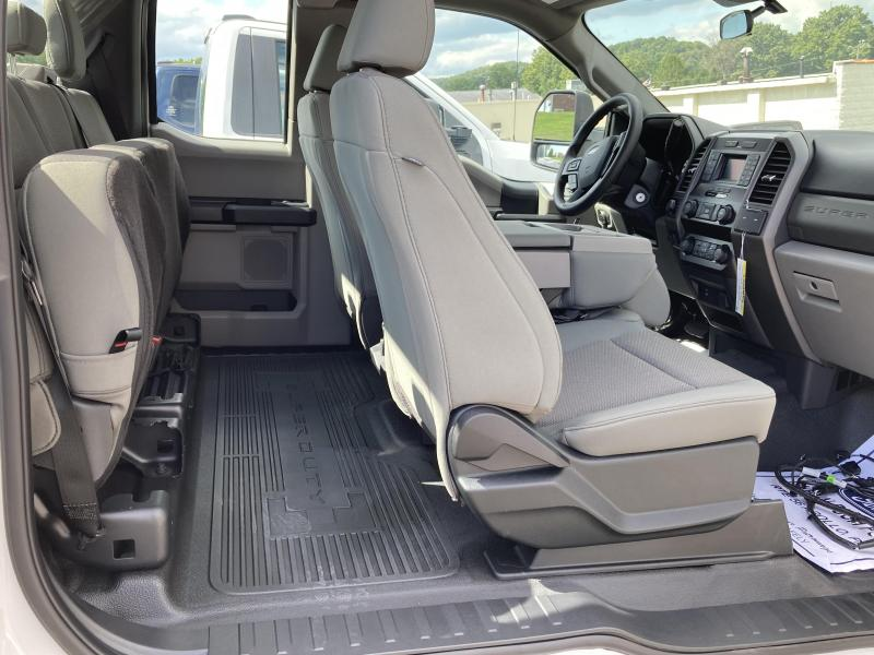 2020 Ford F250 STX Supercab with Aluminum CM Service Body