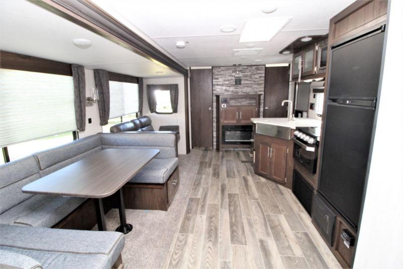 2019 Cherokee 294BH Travel Trailer RV