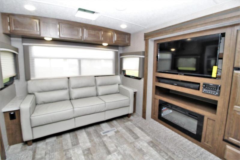 2020 Rockwood Ultra Lite 2906WS Travel Trailer RV