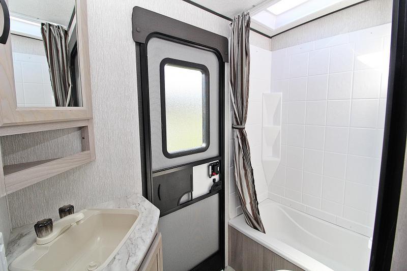 2021 Coachmen Spirit SBT2963BH Travel Trailer RV