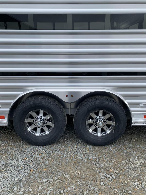 2021 Elite Trailers 8'x25' Show Cattle Stock Combo Trailer