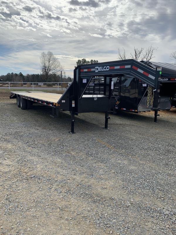 2021 Delco Trailers 32' GN Flatbed Trailer