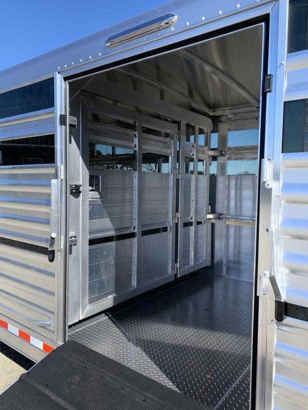 2021 Elite Trailers 8'x24' Show Cattle Stock Trailer