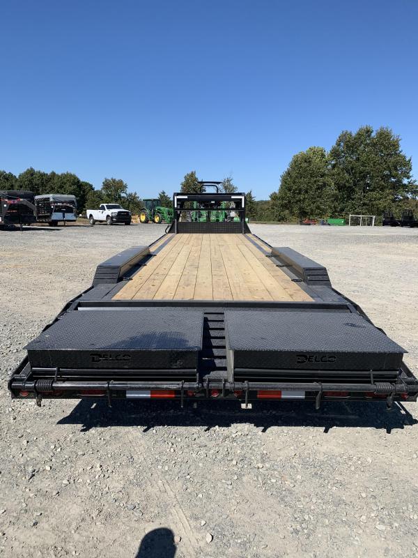 2021 Delco Trailers 32' GN Equipment Hauler Trailer