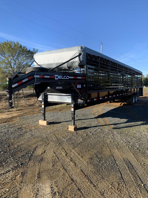 2021 Delco Trailers 40x7.6 Mini Ground Load Stock Trailer
