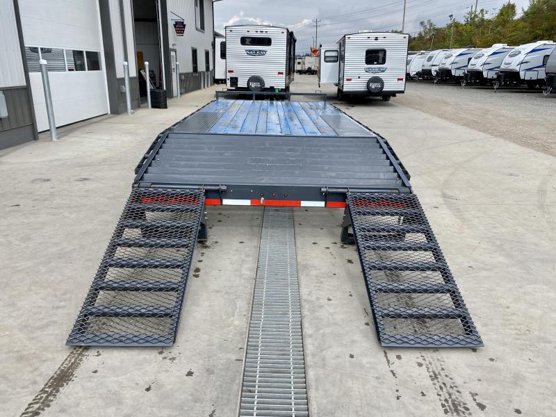 """USED 2020 Lamar 102x20' Beavertail Deckover Trailer 14000# GVW * DELUXE OVERWIDTH RAMPS W/ MESH FACE + SPRING ASSIST  * CHARCOAL * TOOL TRAY * HD COUPLER * I-BEAM FRAME * 16"""" O.C. C/M * RUBRAIL/STAKE POCKETS/PIPE SPOOLS * CHANNEL SIDE RAIL * 4X8"""" TUBE BUM"""