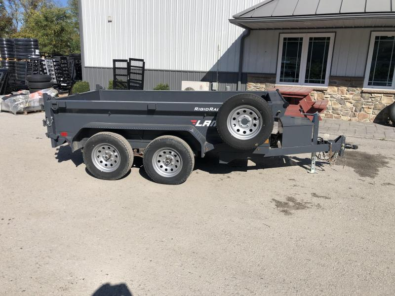 """USED 2018 Lamar 5x10' Deluxe Dump Trailer 7000# GVW * DELUXE TARP KIT * SPARE TIRE * UNDERMOUNT RAMPS * CHARCOAL * ADJUSTABLE COUPLER * RIGID RAILS * 110V CHARGER * DOUBLE CHANNEL FRAME * 10GA FLOOR * POWER UP/DOWN * 4"""" CHANNEL BED FRAME"""