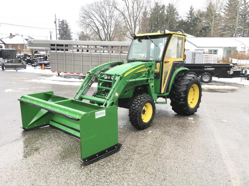 USED John Deere 4120 Compact Tractor Hydrostat 4WD * SOFT CAB W/ HEAT * JD LOADER W/ BUCKET * NEW FRONT TIRES * NEW BATTERY * PALLET FORKS * SNOW PUSHER * 2400HRS