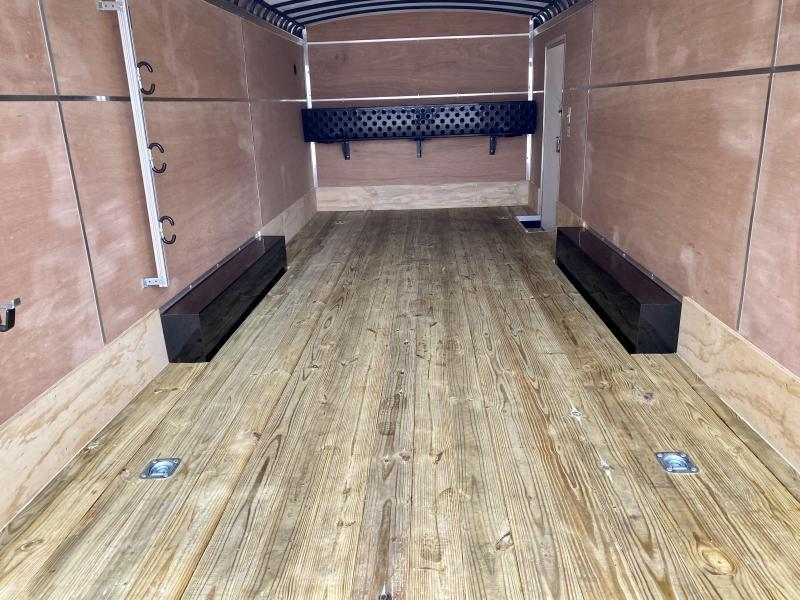 "2021 Sure-Trac 8.5x22' Landscape Pro Enclosed Trailer 9900# GVW * SEMI-CABLELESS * WHITE EXTERIOR * 2X6"" PLANK FLOOR * EXTENDED TONGUE * 5200# TORSION * INTEGRATED KNIFE EDGE * STEEL WORKBENCH * EXTENDED TONGUE * ADJUSTABLE COUPLER * DROP LEG JACK *"