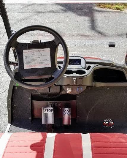2021 ICON i20 Golf Cart w/Golf Bag Attachments