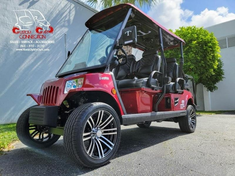 """2022 Tomberlin Ruby Red E4 SS SALOON 6 Passenger Golf Cart w/3"""" Lift"""
