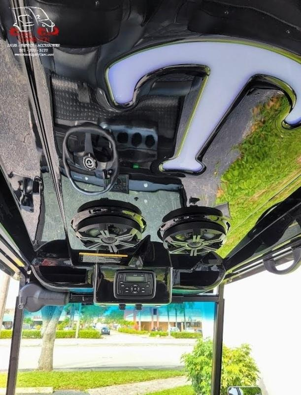 2022 Tomberlin E4 SS Saloon Golf Cart Electric Vehicle