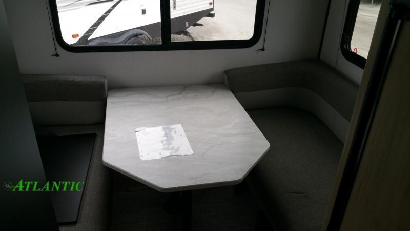 2022 Cruiser RV Hitch 16RD Travel Trailer RV