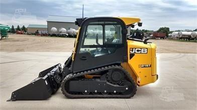 JCB 215T COMPACT TRACKED LOADER