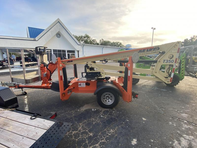 2017 JLG T350 35' Towable Boom Lift