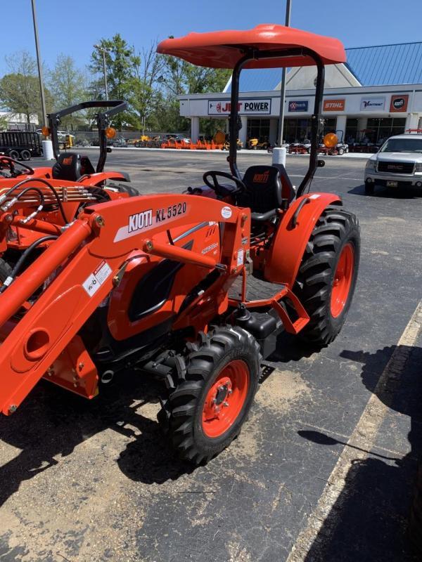 Kioti DK6010SEHB Tractor