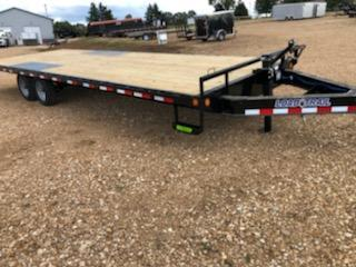 2021 Load Trail 102X26 LOAD TRAIL Equipment Trailer
