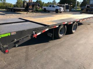 2021 Load Trail 102X32 LOAD TRAIL Equipment Trailer