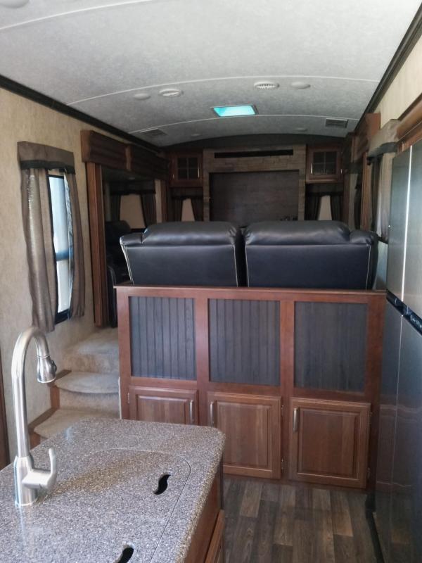 2015 Keystone RV Legacy KEYSTONE MONTANA LEGACY Fifth Wheel Campers RV