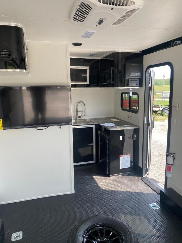 2022 Stealth Trailers 8.5X18 NOMAD FRONT KITCHEN Enclosed Cargo Trailer
