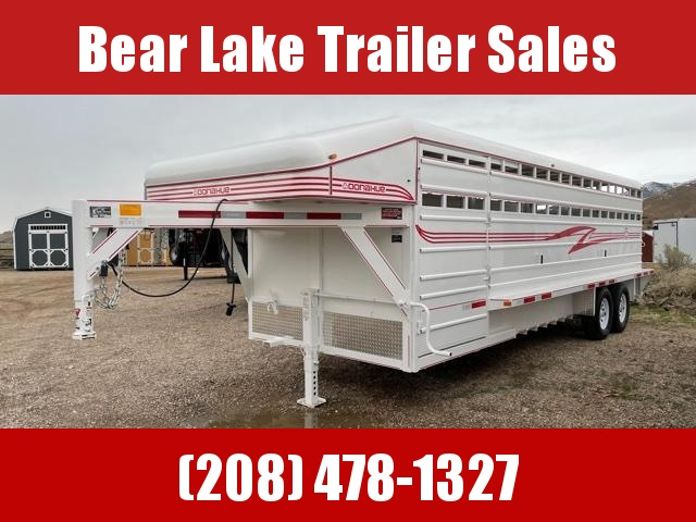 2022 Donahue SS-724-4N Livestock Trailer