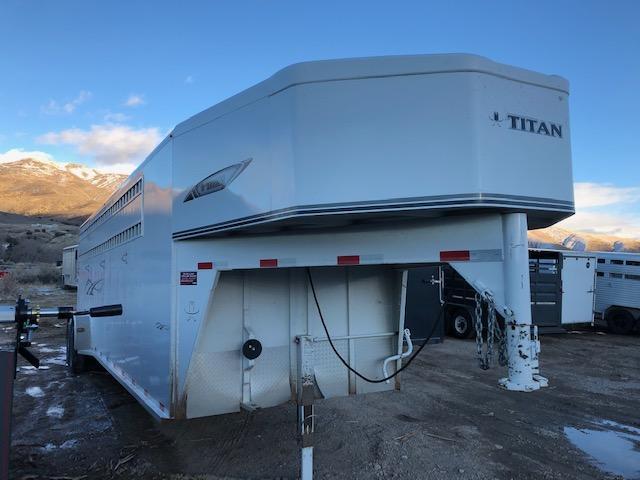 2019 Titan Trailers Classic Stock Combo Livestock Trailer